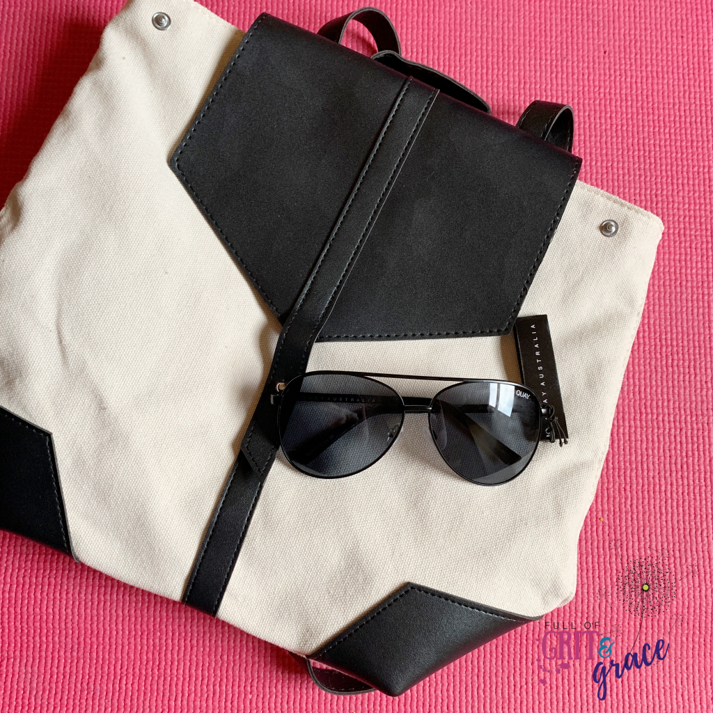 FabFitFun Spring 2019 box review! Loving my new backpack and aviator sunglasses. Click to see more.